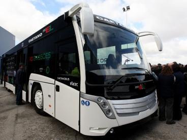 Gaia testa primeiro autocarro eléctrico em Abril