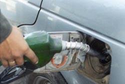 """Aprovados combustíveis """"low cost"""" nos postos de abastecimento"""