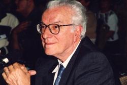 Daniel Serrão defende um terceiro referendo sobre o aborto
