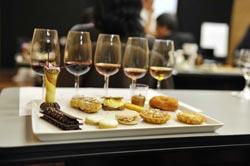 Casa do Vinho Verde no Porto com prova de vinhos gratuita
