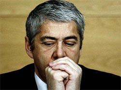 PGR abre inquérito-crime a 14 ministros de José Sócrates