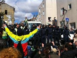 Detidos durante despejo do Es.Col.A julgados a 2 de maio