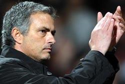 Mourinho diz que Cristiano Ronaldo deve vencer Bola de Ouro 2012