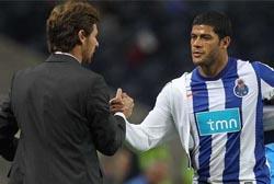 Imprensa inglesa diz que Villas Boas quer Hulk no Tottenham