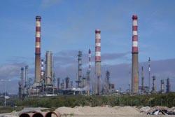 Greve dos trabalhadores da Petrogal pode afetar abastecimento de combustíveis