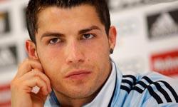 Cristiano entre os três candidatos a melhor da UEFA