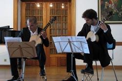 Wine O'Clock recebe Baltar Cassola Guitar Duo