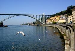 Ponte da Arrábida classificada como monumento nacional