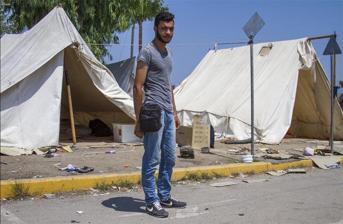 Jovens do Porto ajudam refugiados