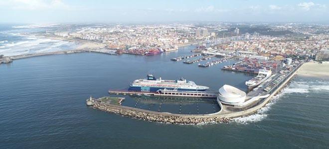 APDL assina contrato com novo operador da plataforma logística do Porto de Leixões