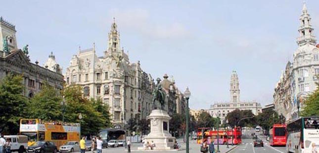 Novos registos de alojamento local no centro histórico do Porto estão suspensos