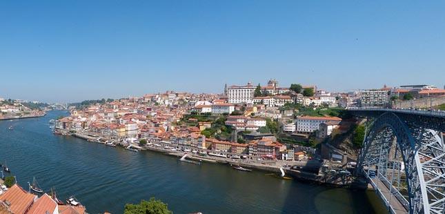 Concurso para nova ponte de metro entre Porto e Gaia avança em 2021