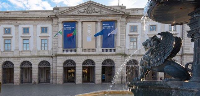 "Matrículas na U.Porto são ""totalmente online"""