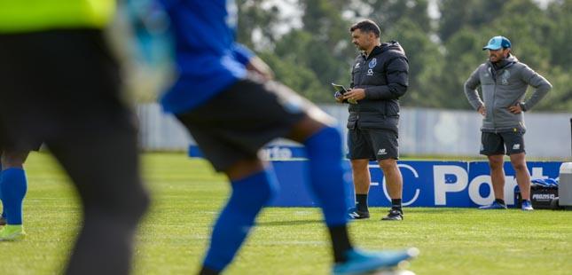 FC Porto: Corona já treinou com o plantel