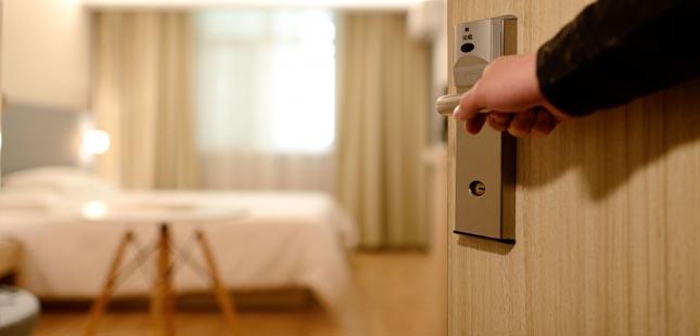 Recorde os cuidados que deve ter em hotéis, segundo a DGS