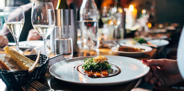 Portugal é um dos países que mais gasta a almoçar ou jantar fora