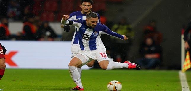 FC Porto perde em Leverkusen