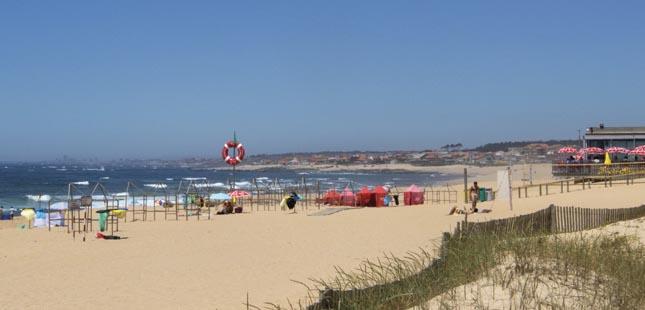 """Norte tem oito praias com a distinção """"ZERO poluição"""""""