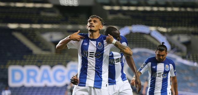 FC Porto goleia Belenenses