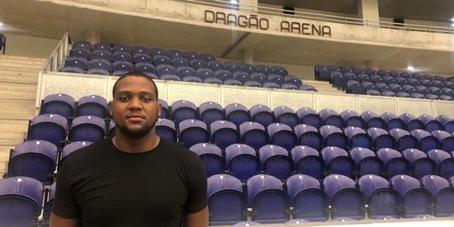 FC Porto: Eric Anderson Jr reforça equipa de basquetebol