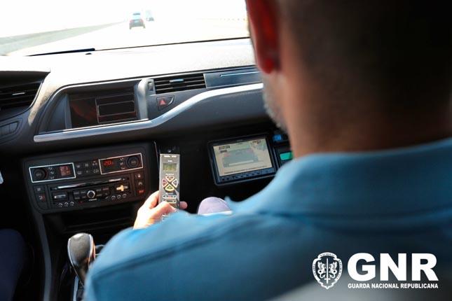 """""""Viajar Sem Pressa"""": GNR reforça fiscalização rodoviária"""