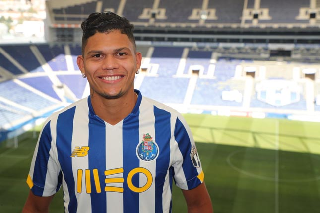 FC Porto oficializa contratação de Evanilson