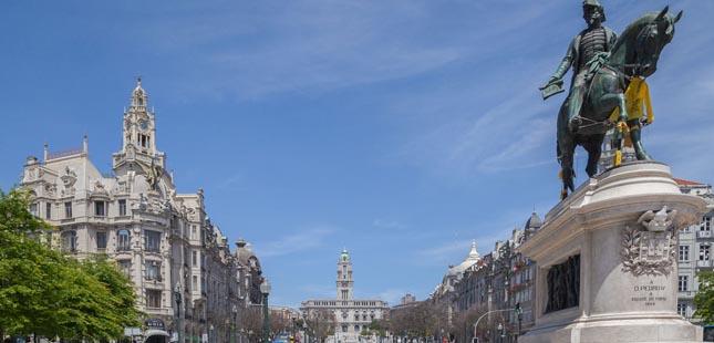 Câmara do Porto aprova regulamentos para quatro feiras municipais