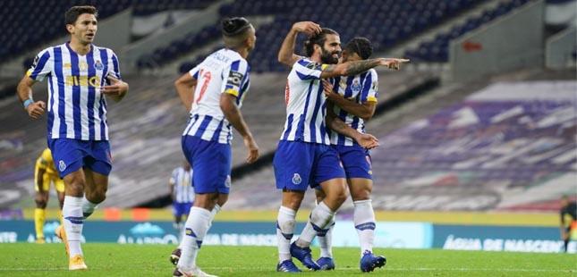 FC Porto vence Portimonense e regressa aos triunfos