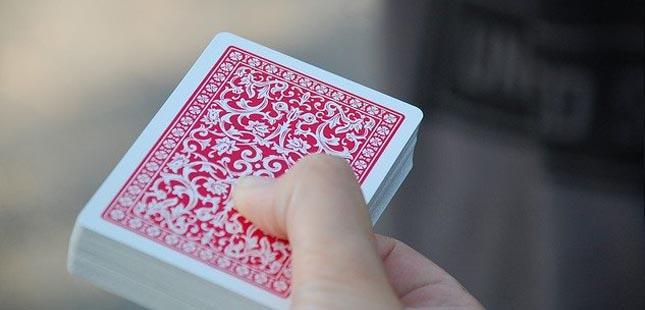 Conhece mesmo o significado de um baralho de cartas?