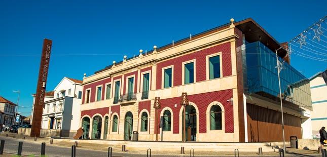 Oficina da Regueifa e do Biscoito de Valongo já abriu