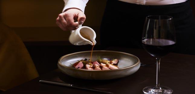 Boeira Garden Hotel Porto cria menu especial para take away