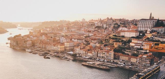 Porto entre os melhores destinos de viagem para os amantes da gastronomia na Europa