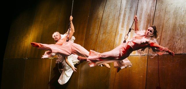 Circo de Natal do Coliseu do Porto celebra 80.º aniversário com exposição